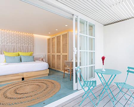 The-Retreat_Premium-Room_07