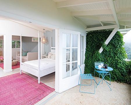 The-Retreat_Premium-Room_11
