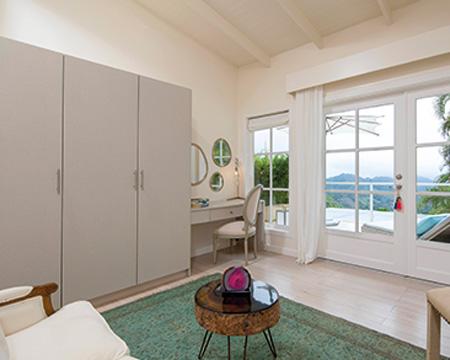 The-Retreat_Premium-Room_15